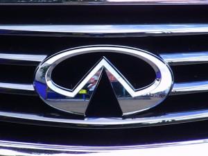 """Infinity - """"премиум"""" класс Nissan"""